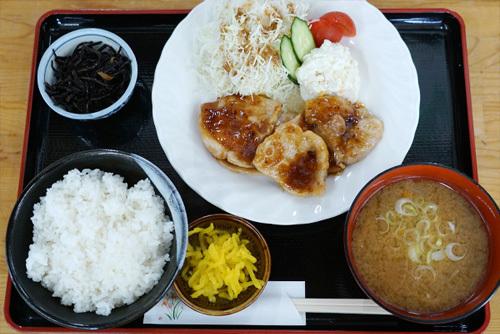 茨城県下妻市のグルメ・休憩処ゑびすやの焼肉定食