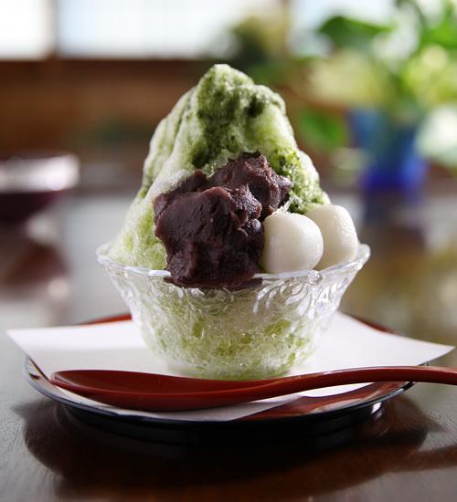 茨城県下妻市の甘味・休憩処 ゑびすやのかき氷 抹茶